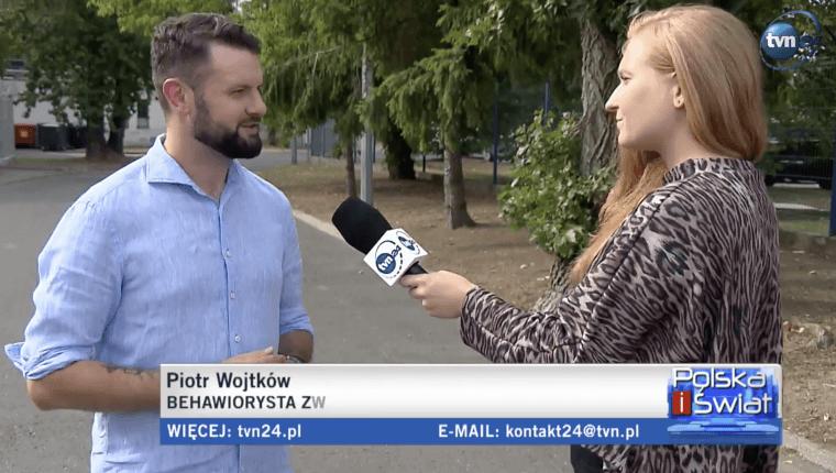 Piotr Wojtków tvn24 behawiorysta zwierzęcy